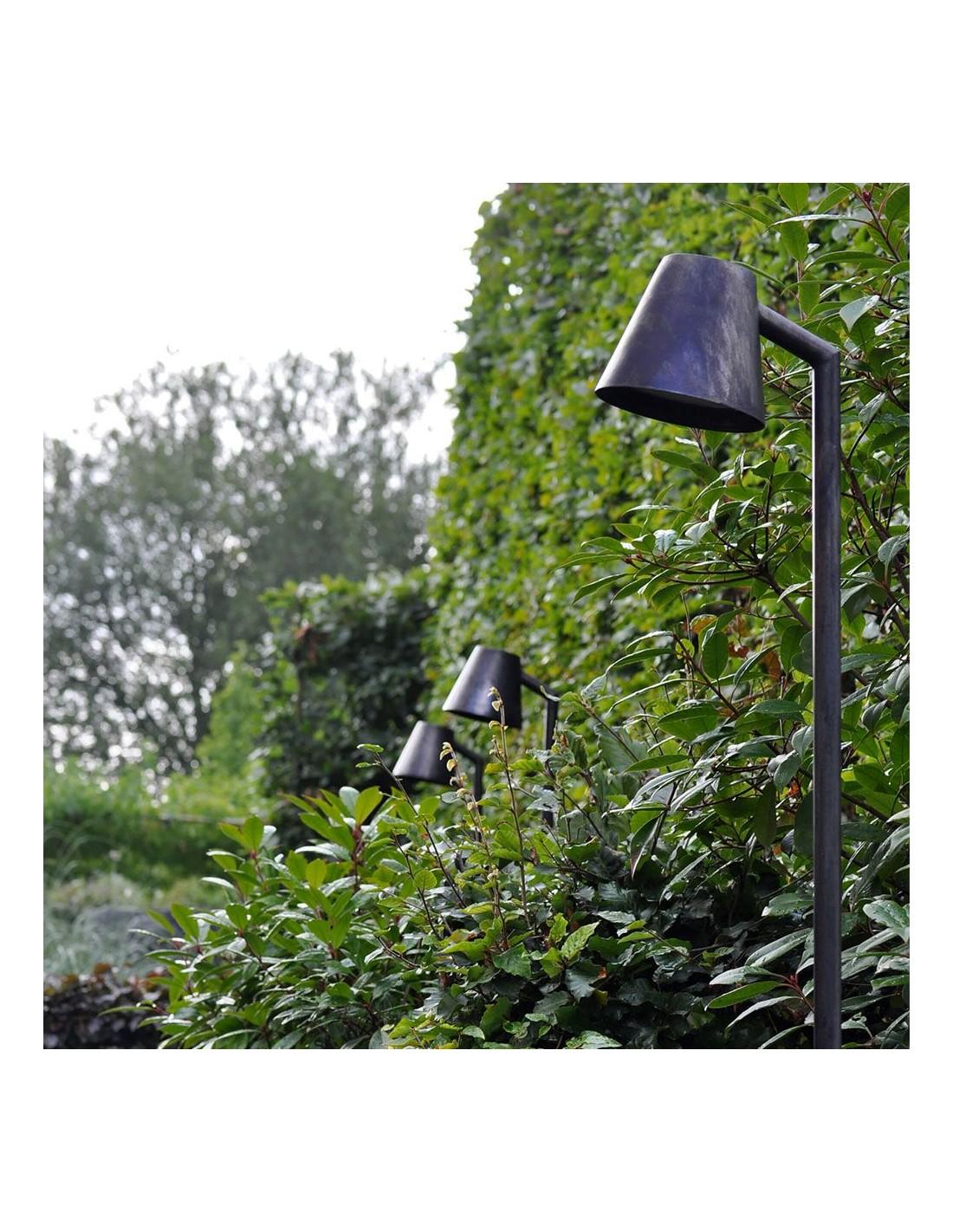 Lampadaire ext rieur parker sur piquet Lampadaire exterieur de jardin
