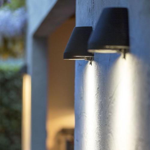 Applique ou plafonnier ext rieur valente design for Exterieure ou exterieur