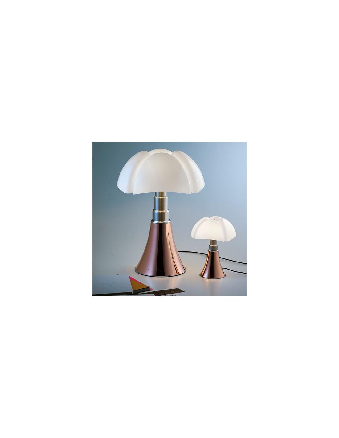 lampe de table minipipistrello cuivre. Black Bedroom Furniture Sets. Home Design Ideas