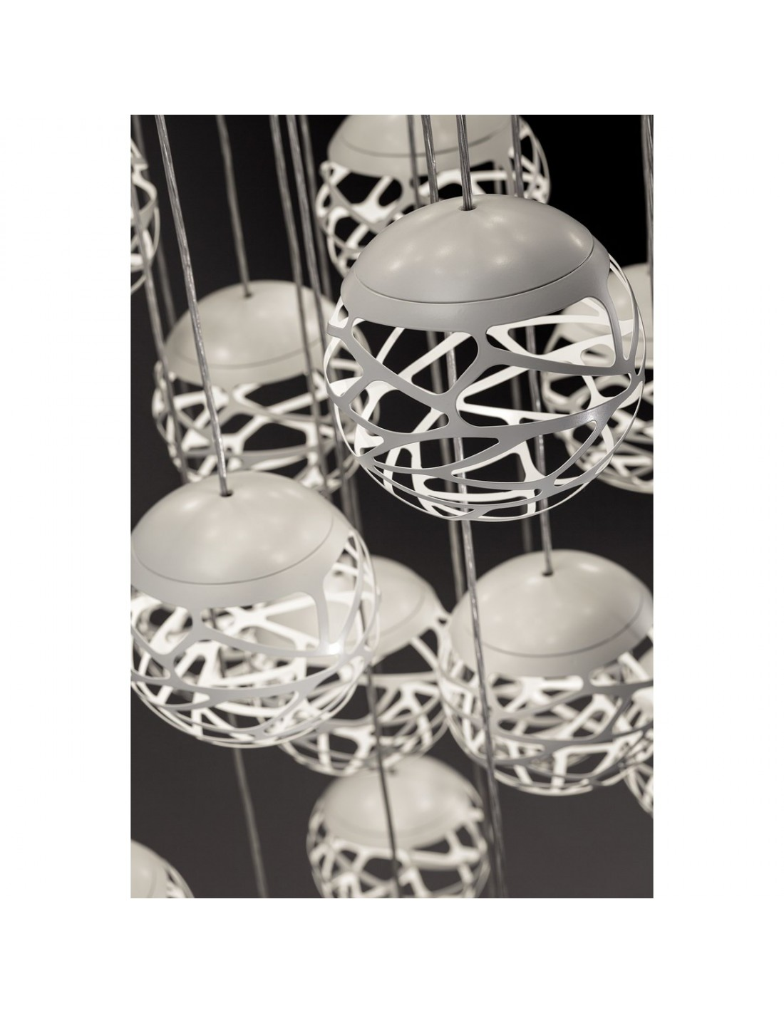 Suspension multiple kelly cluster 7 spheres blanches for Suspension multiple cuisine