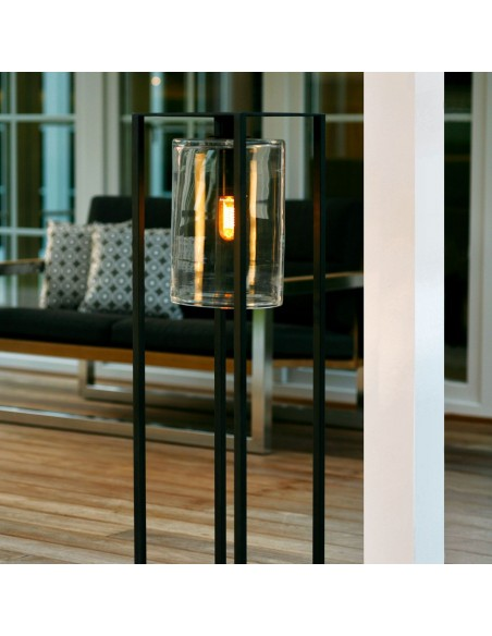 Lampadaire Dome Move noir transparent de la marque Royal Botania mise en situation