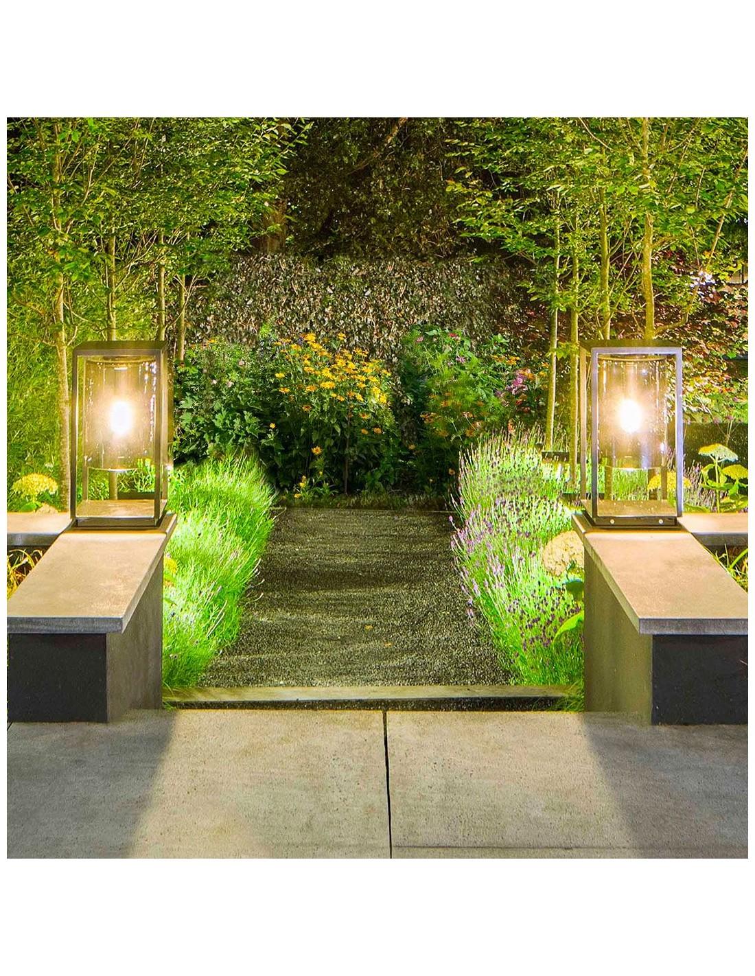 Mise en scène Lampe de table Dome Gate noire verre transparent de la marque Royal Botania - Valente Design