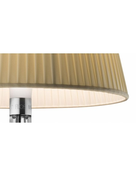 Zoom sur la lampe de chevet Miss K beige de flos - Philippe Starck - Valente Design