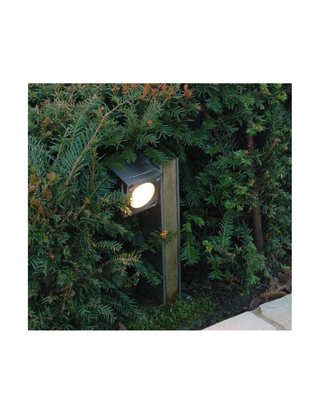 Eclairage de jardin borne ext rieur q bic for Eclairage jardin exterieur