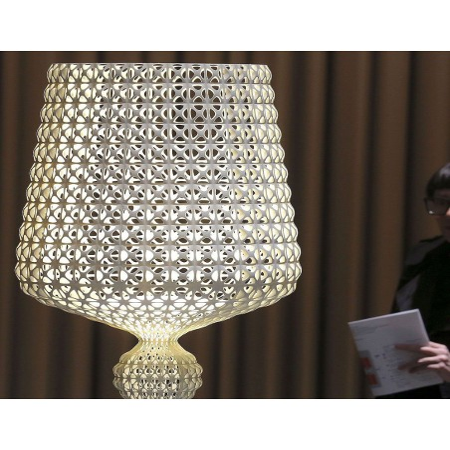 Lampadaire KABUKI transparente pour la marque Kartell