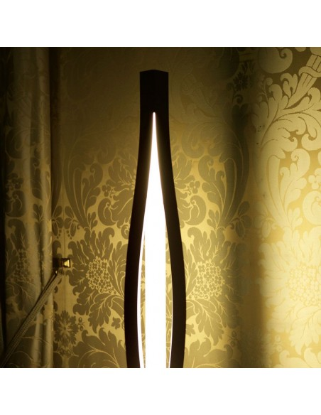 Lampe à poser New York  création de la marque Kinetura