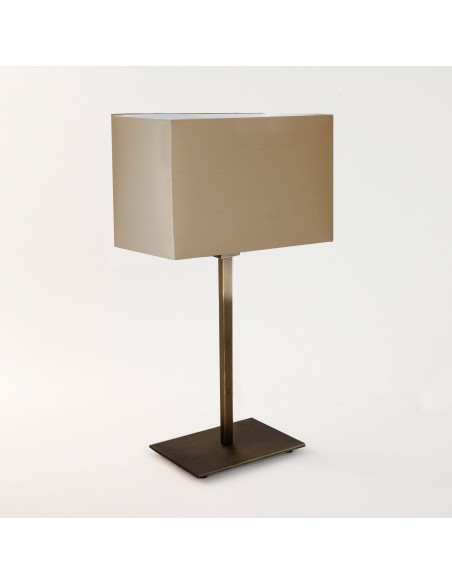 Lampe de table Park Lane finition Bronze et abat jour huître  astro lighting