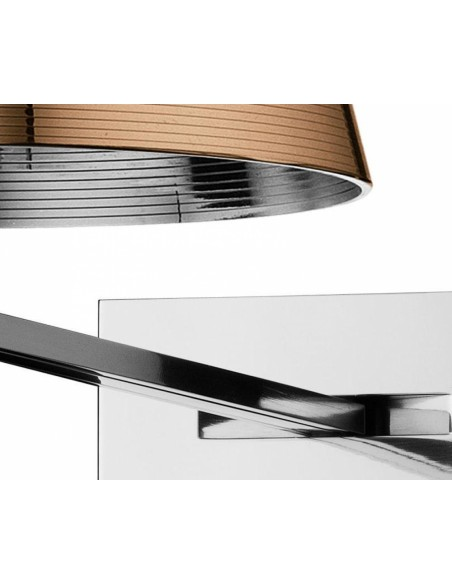Zoom sur l'applique pour lampe Ktribe W de couleur bronze de Philippe Starck pour Flos - Valente Design