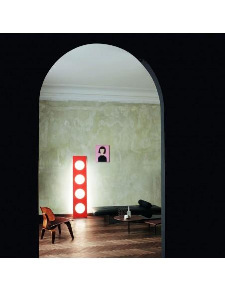 Valente design luminaires Lampadaire Dolmen rouge mise en situation