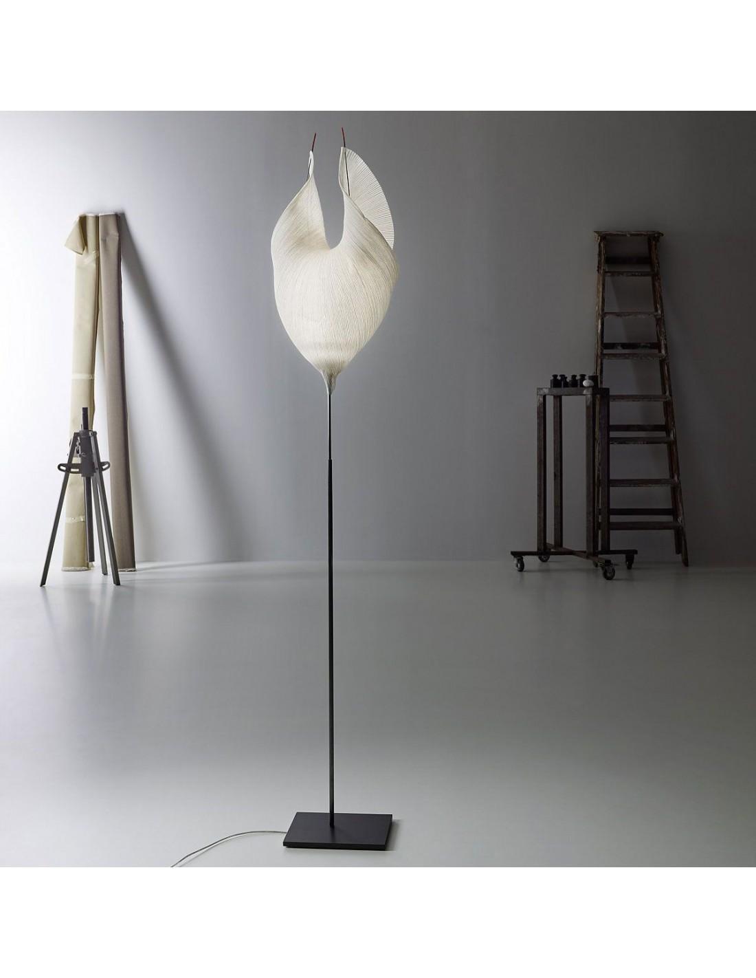 Valente-design-luminaires-Lampadaire-Babadul
