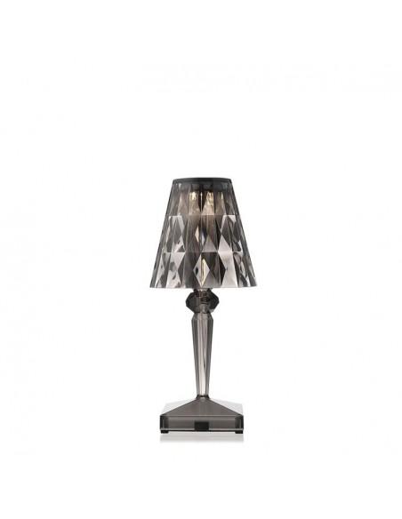 Lampe de table sans fil Battery cristal  mise en scène pour la marque Kartell