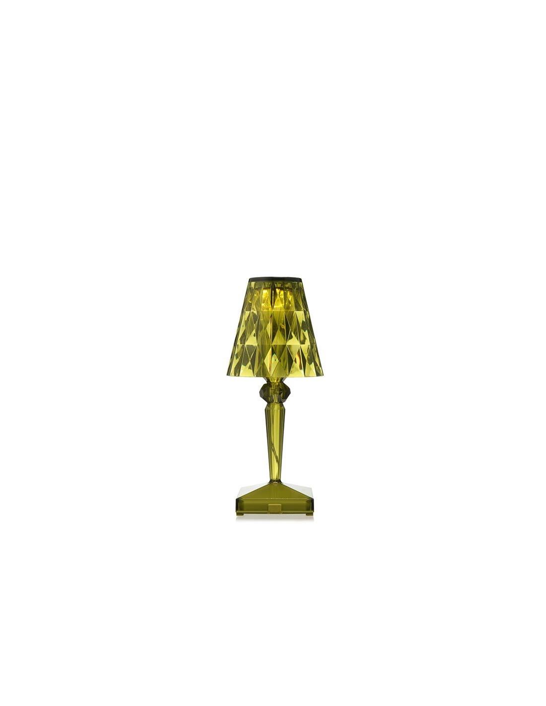 lampe de table sans fil battery verte pour la marque kartell. Black Bedroom Furniture Sets. Home Design Ideas