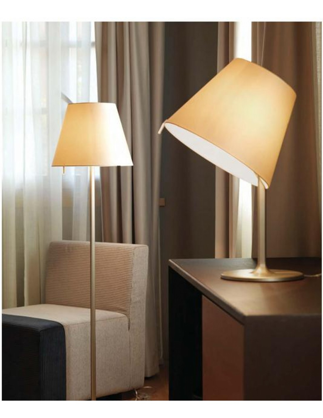 Lampe de table melampo tavolo mise en sc ne hotel artemide for Lampe de table rona