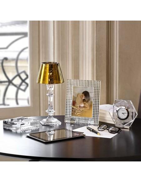 Lampe de table Harcourt Our Fire Bougeoir or de Philippe Starck pour la marque Baccarat - Valente Design
