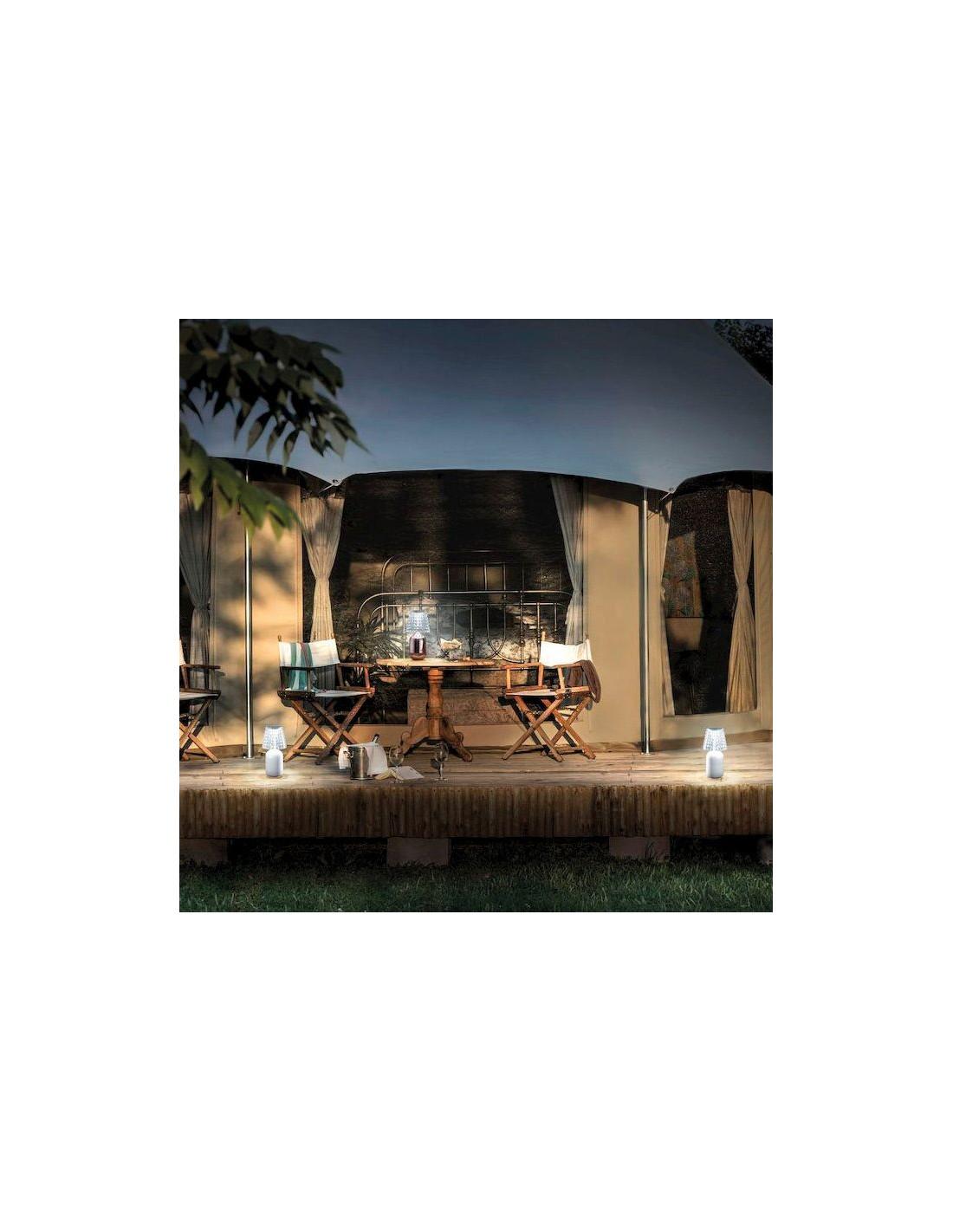 lampe poser valentina mise en sc ne de studio italia design. Black Bedroom Furniture Sets. Home Design Ideas