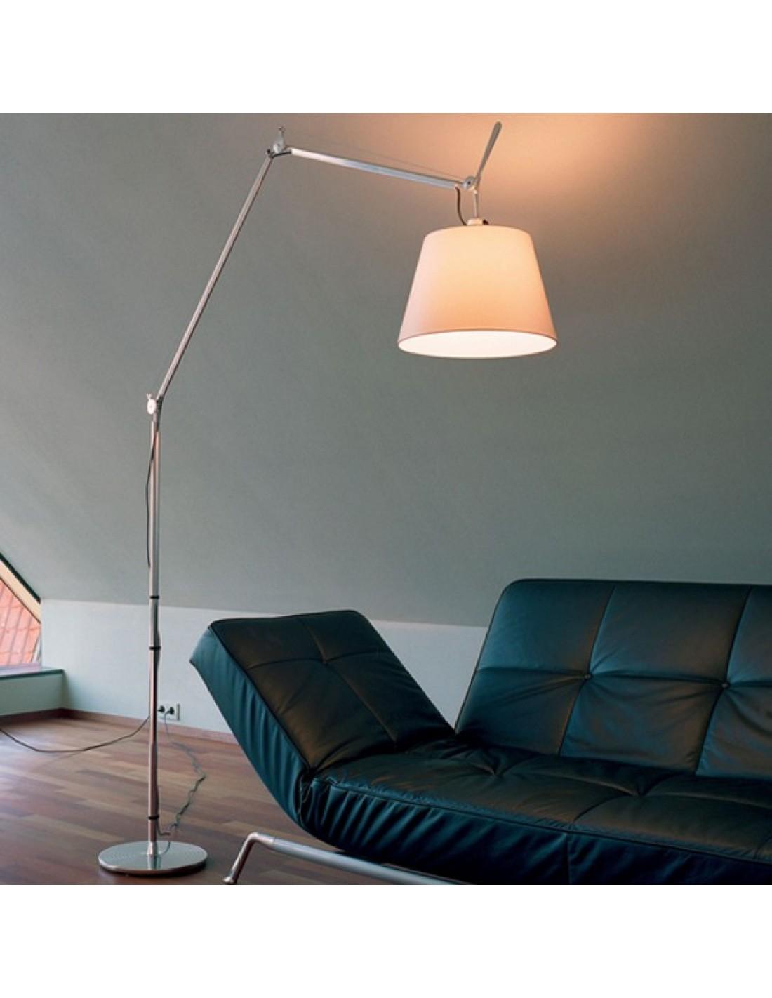 lampadaire artemide tolomeo mega terra mise en sc ne. Black Bedroom Furniture Sets. Home Design Ideas