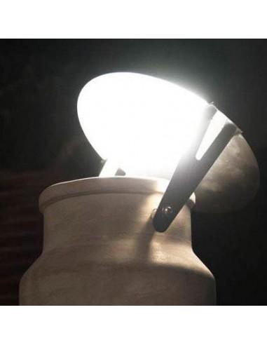 Disque réflecteur pour lampe de sol Via Lattea détail de chez Karman.