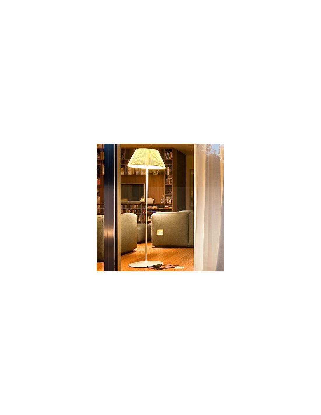 Lampe de bureau Roméo Soft F en verre finement ciselé par Philippe Starck pour la marque flos chez Valente Design