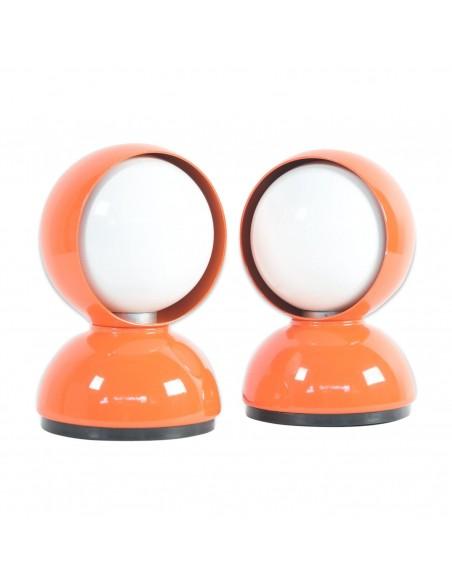 Lampe de table Eclisse orange mise en situation Artemide