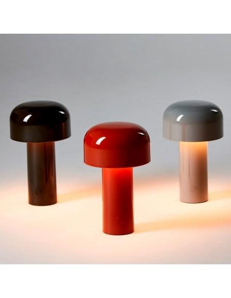Nuancier lampe de table BELLHOP éclairée en gris, rouge, noir  de FLOS