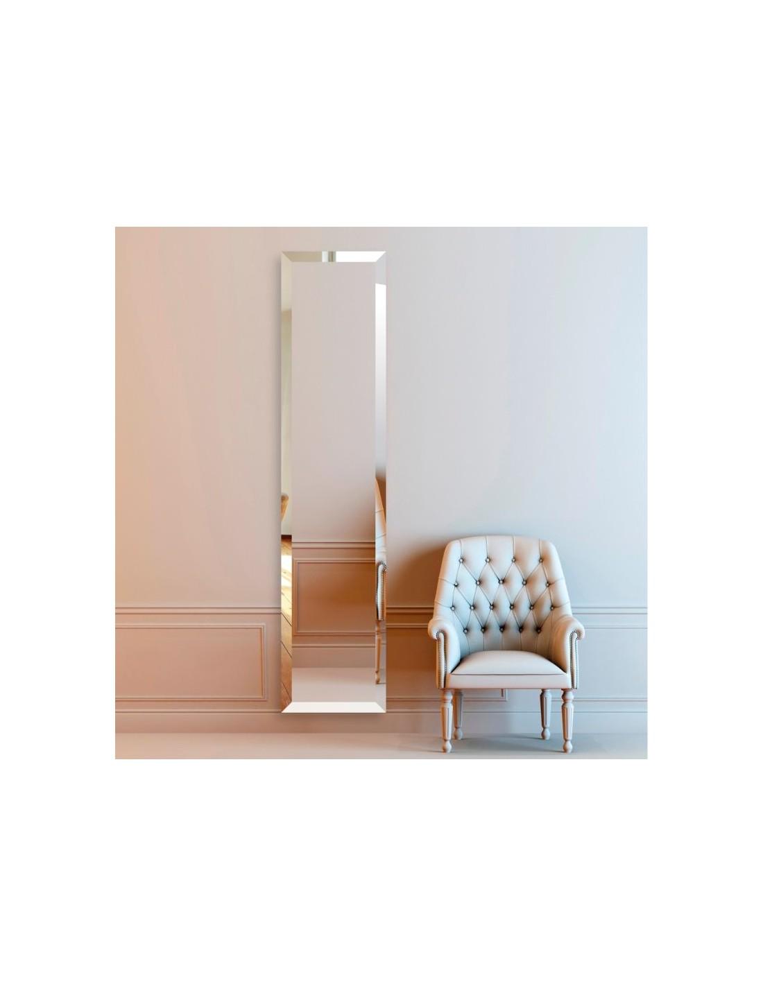 Sèches-serviettes miroir Bizo de Cinier mise en scène
