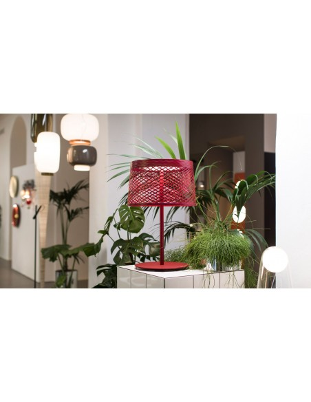 Lampe de table Twiggy Grid XL - outdoor rouge mise en scène vue d'ensemble - Valente Design