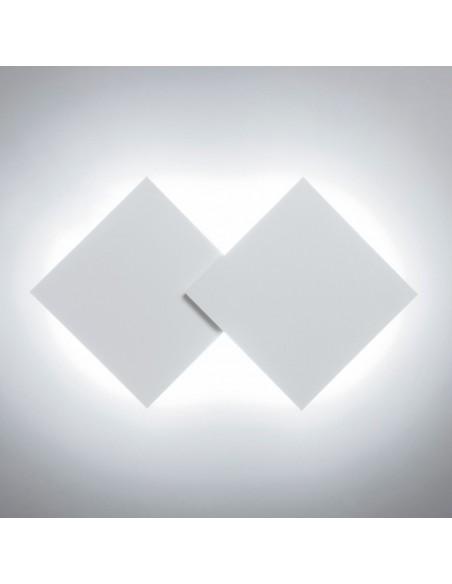 applique double square blanc posée en biais - Studio Italia Design - Valente Design