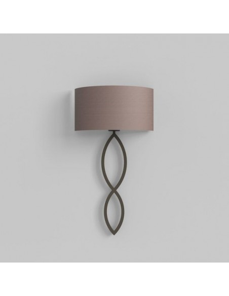 Applique Caserta bronze abat-jour oyster vue d'ensemble éteinte AstroLighting Valente Design