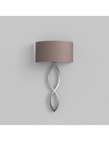 Vue d'ensemble applique Caserta chrome abat-jour oyster éteinte AstroLighting Valente Design