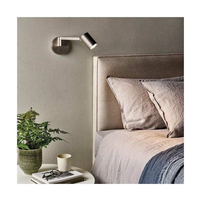 Applique Ascoli Swing bronze astro lighting valente design mise en scène