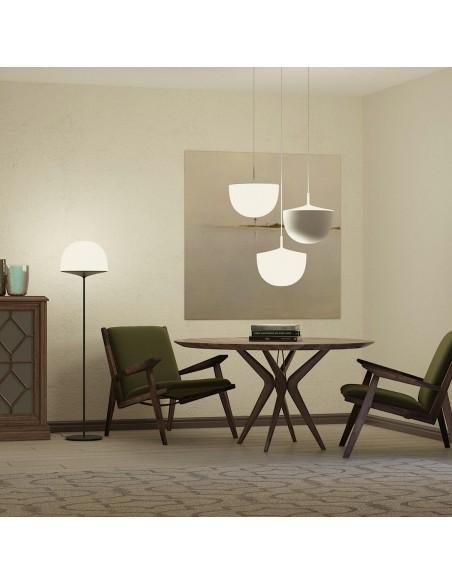 Lampadaire Cheshire blanc fontana Arte Valente Design GamFratesi Studio dans salle à manger