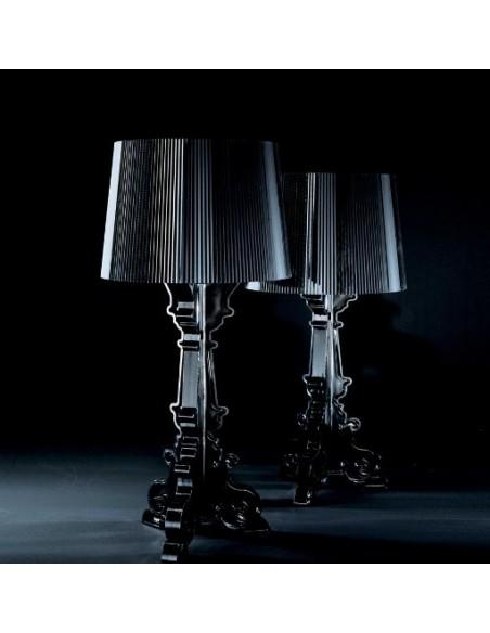 Lampe de table Bourgie Cristal mise en scène pour la marque Kartell