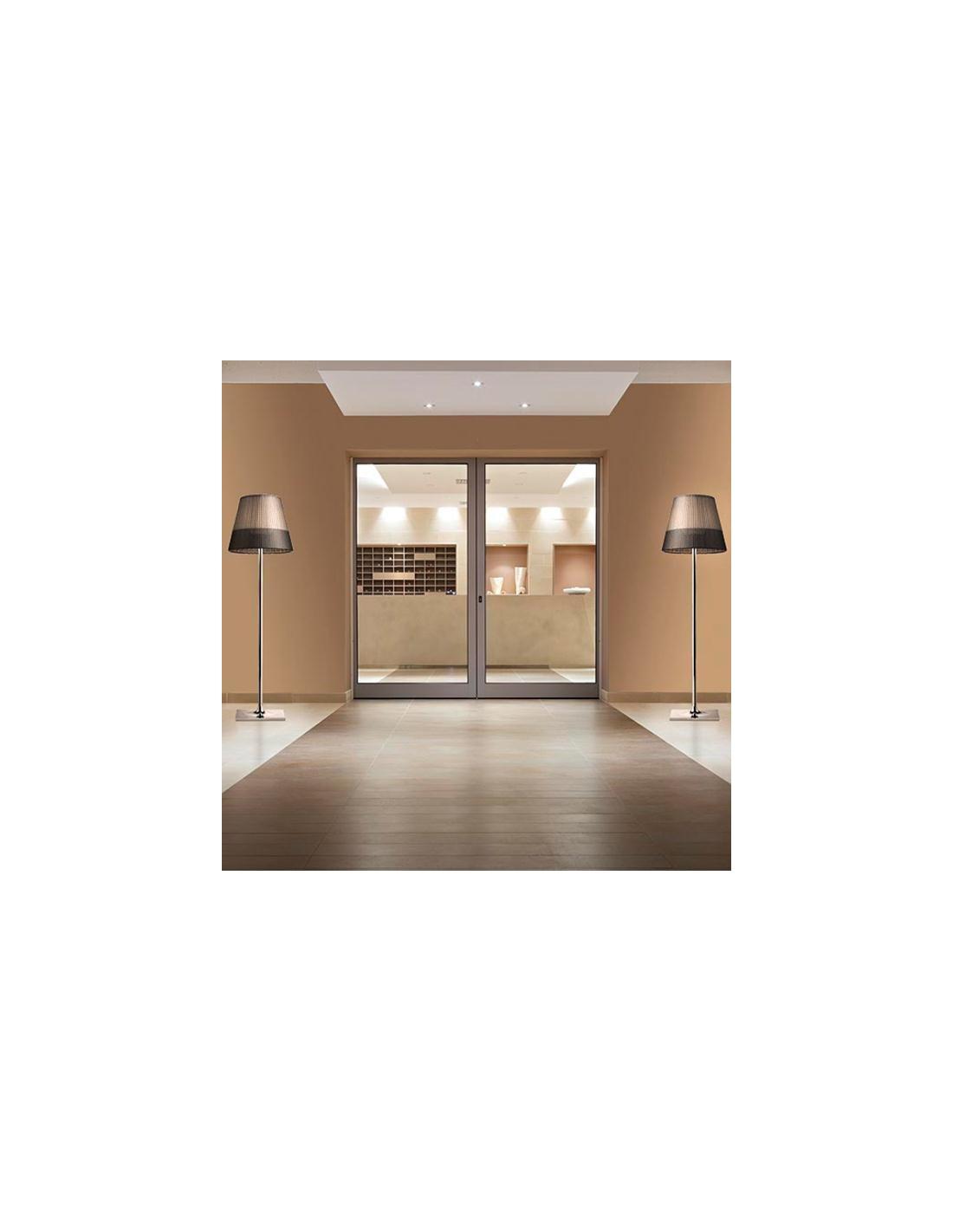 Lampadaire Ktribe F3 Outdoor de Philippe Starck pour flos chez Valente Design