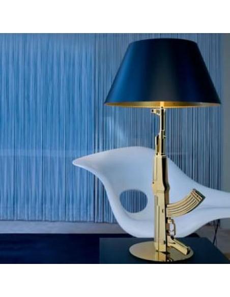 Lampe de chevet Gun finition dorée de Philippe Starck pour la marque flos - Valente Design