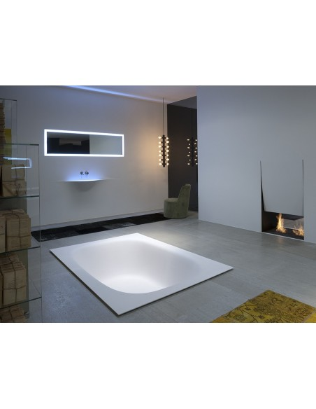 Salle de bain avec une vasque silenzio LED de la marque Antonio Lupi - Valente Design