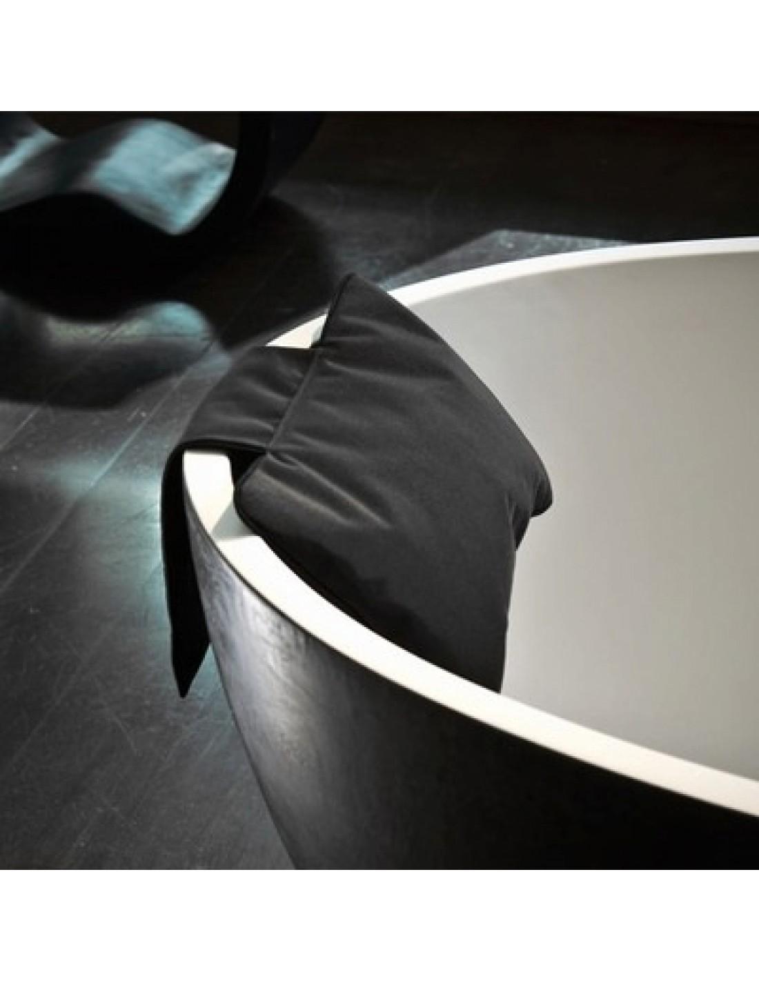 coussin noir pour baignoire ilot Decor Walther