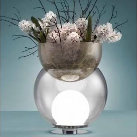 Lampe de table Giova Petit Modèle  FontanaArte ambiance bouquet