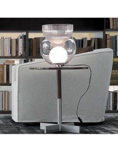 Lampe de table Giova grand modèle FontanaArte ambiance bibliothèque