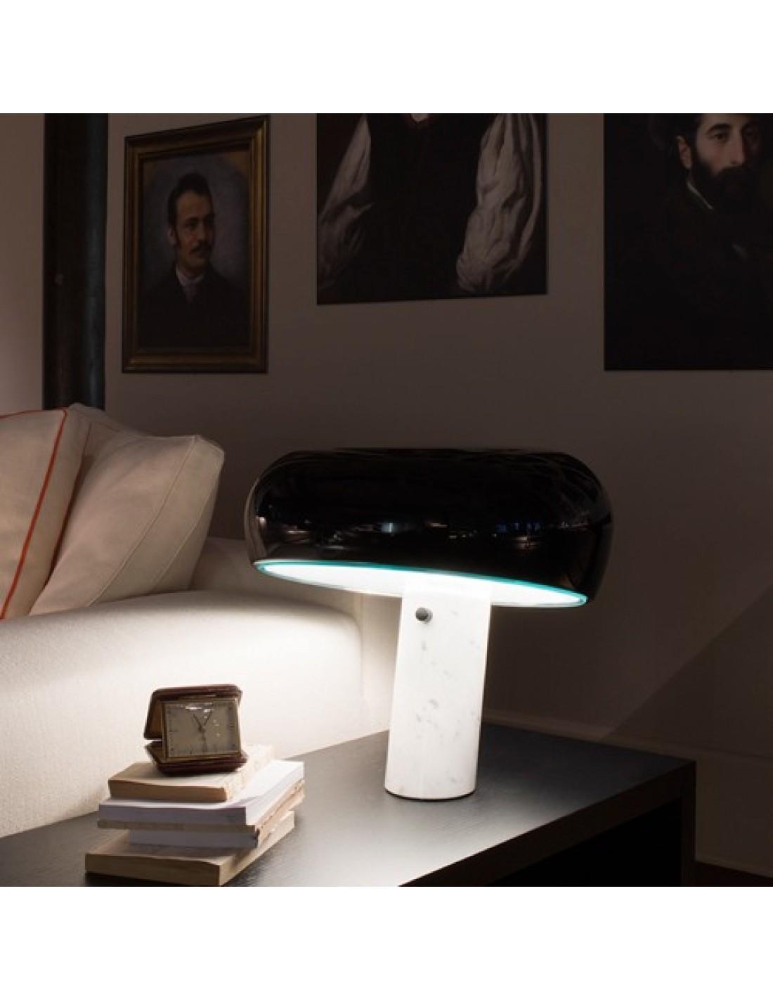 lampe de table snoopy. Black Bedroom Furniture Sets. Home Design Ideas