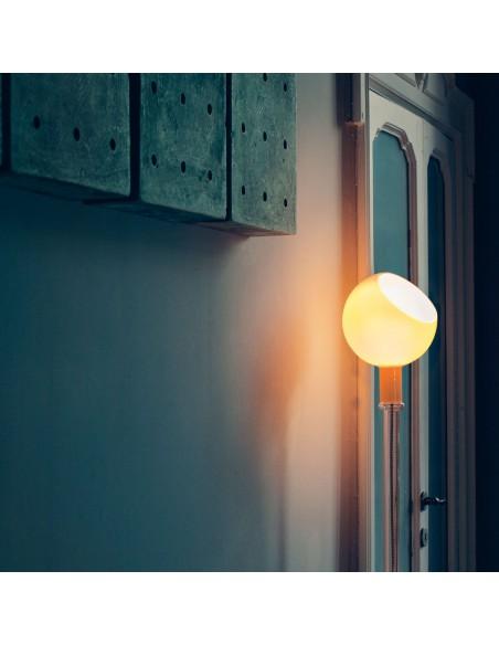 lampadaire parola ambre éclairée Fontana Arte
