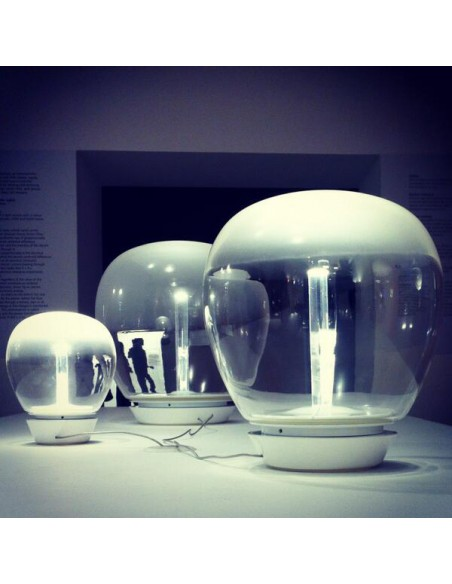 empatia 36 luxe lampe à poser  Artemide show room